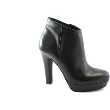 Schuhe Damen Ankle Boots Les Venues 2055 schwarze Schuhe Frau Tronchetto aufrechte Seite Reißversch Nero
