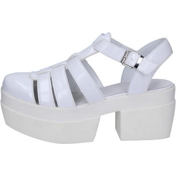 Schuhe Damen Sandalen / Sandaletten Cult sandalen weiß leder BT539 weiß