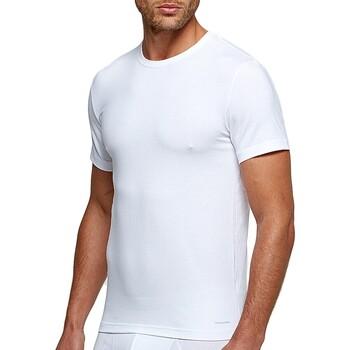 Kleidung Herren T-Shirts Impetus 1353898 001 Weiss