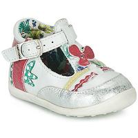 Schuhe Mädchen Sandalen / Sandaletten Catimini PALOMINO Weiss / Rose