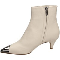 Schuhe Damen Low Boots The Seller NAPPA white-bianco