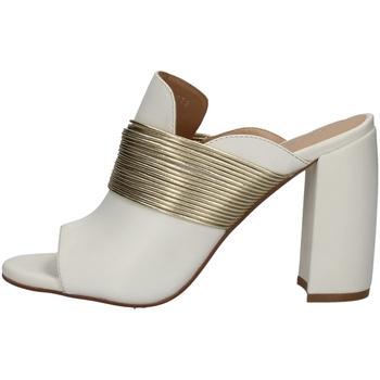 Schuhe Damen Sandalen / Sandaletten Bruno Premi BW3005 WEISS