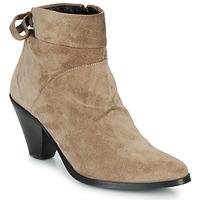Schuhe Damen Low Boots Regard RAKAF V3 CRTE VEL SILKY Beige