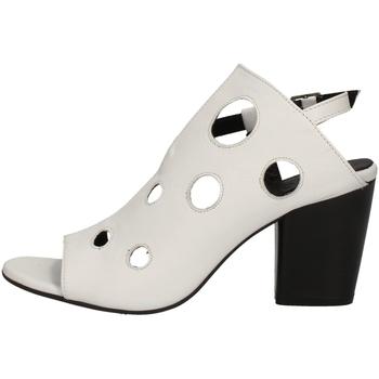 Schuhe Damen Sandalen / Sandaletten Bueno Shoes L3704 WEISS