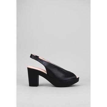 Schuhe Leinen-Pantoletten mit gefloch Sandra Fontan TAMI Schwarz