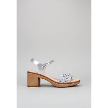 Schuhe Damen Sandalen / Sandaletten Sandra Fontan TRENDA Silbern