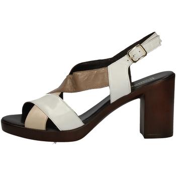 Schuhe Damen Sandalen / Sandaletten Romagnoli B9E7802 WEISS