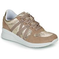 Schuhe Damen Sneaker Low André ALLURE Goldfarben