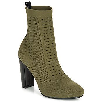 Schuhe Damen Low Boots André ARIANA Grün