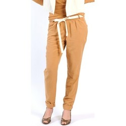 Kleidung Damen Fließende Hosen/ Haremshosen American Vintage PANTALON LEA139 CUMIN Gelb