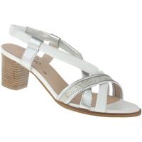 Schuhe Damen Sandalen / Sandaletten Lei By Tessamino Pumps Belinda Farbe: silber silber