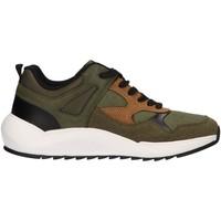 Schuhe Herren Sneaker Low Lois 84886 Verde