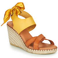 Schuhe Damen Sandalen / Sandaletten Pataugas FIONA Cognac / Gelb