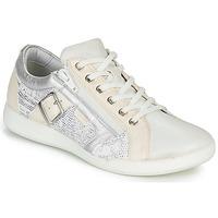 Schuhe Damen Sneaker Low Pataugas PAULINE/S Weiss / Silbern