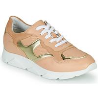 Schuhe Damen Sneaker Low André HAVILAH Rose