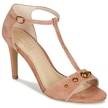 Schuhe Damen Sandalen / Sandaletten André LA DOMPTEUSE Rose