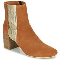 Schuhe Damen Low Boots André BONNIE Camel