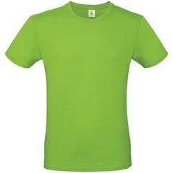Kleidung Herren T-Shirts B And C TU01T Hellgrün
