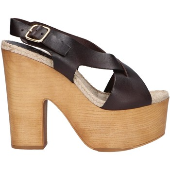Schuhe Damen Sandalen / Sandaletten Chika 10 RUSIA 02 Marr?n