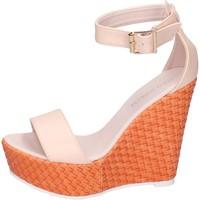 Schuhe Damen Sandalen / Sandaletten Solo Soprani sandalen kunstleder beige