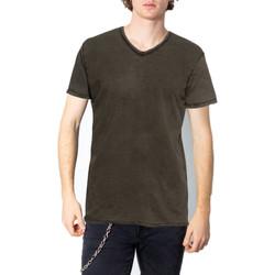Kleidung Herren T-Shirts Brian Brome 23/102-398 Verde