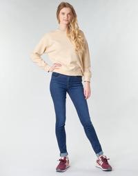 Kleidung Damen Röhrenjeans Levi's 721 HIGH RISE SKINNY Blau