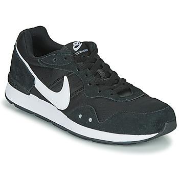 Schuhe Herren Sneaker Low Nike VENTURE RUNNER Schwarz / Weiss