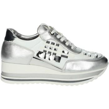 Schuhe Damen Sneaker Low Comart 1A3385 Weiss/Silber