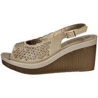 Schuhe Damen Sandalen / Sandaletten Inblu AS 21 SAND