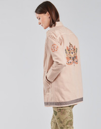 Kleidung Damen Jacken / Blazers Cream OFELIA JACKET Rose