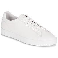 Schuhe Sneaker Low Clae BRADLEY Weiss