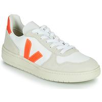 Schuhe Sneaker Low Veja V-10 Weiss / Orange
