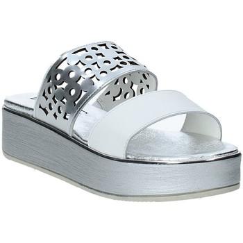 Schuhe Damen Pantoffel Susimoda 183325-02 Silber