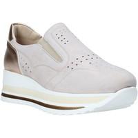 Schuhe Damen Slip on Comart 1A3391PE Beige