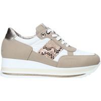 Schuhe Damen Sneaker Low Comart 1A3392 Weiß