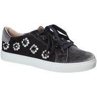 Schuhe Damen Sneaker Low Fornarina PE17TR1112 Grau