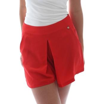 Kleidung Damen Shorts / Bermudas Fornarina BER1L17C98176 Rot