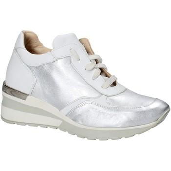 Schuhe Damen Sneaker Low Exton E06 Silber
