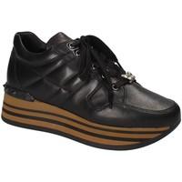 Schuhe Damen Sneaker Low Triver Flight 232-11A Schwarz