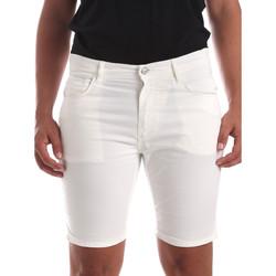 Kleidung Herren Shorts / Bermudas Antony Morato MMSH00140 FA800109 Weiß
