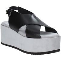 Schuhe Damen Sandalen / Sandaletten Pregunta IBH6653 Schwarz