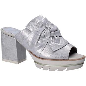 Schuhe Damen Pantoffel CallagHan 22601 Grau