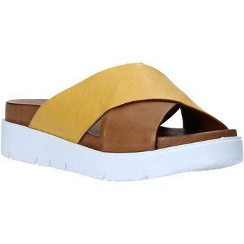 Schuhe Damen Pantoffel Bueno Shoes N3408 Braun