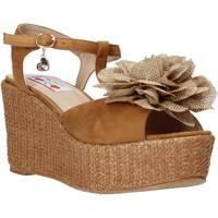 Schuhe Damen Sandalen / Sandaletten Love To Love GIN575 Braun