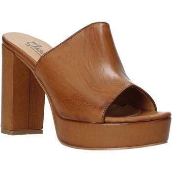 Schuhe Damen Pantoffel Grace Shoes 492PL008 Braun