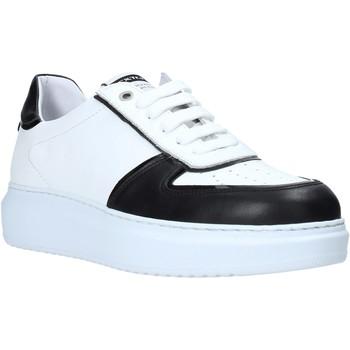 Schuhe Herren Sneaker Low Exton 956 Schwarz