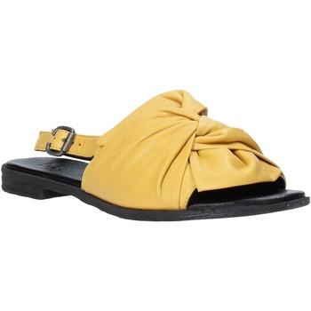 Schuhe Damen Sandalen / Sandaletten Bueno Shoes Q2005 Gelb