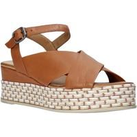 Schuhe Damen Sandalen / Sandaletten Bueno Shoes Q5901 Braun