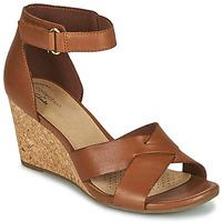 Schuhe Damen Sandalen / Sandaletten Clarks MARGEE GRACIE Braun