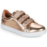 Schuhe Damen Sneaker Low Moony Mood OCHIC Goldfarben